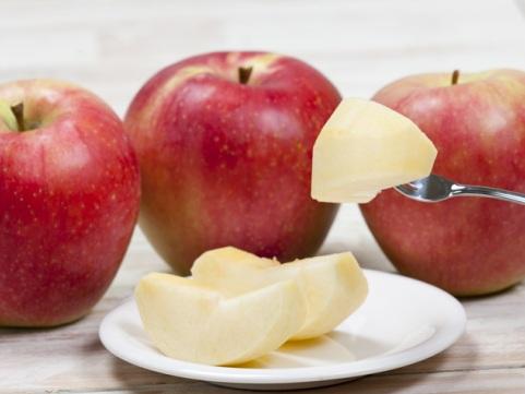熊本「吉次園」熊本の葉とらずりんご【予約商品/8月上旬からお届け】